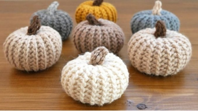 HOW TO MAKE ADORABLE CROCHET PUMPKINS THAT LOOK KNIT
