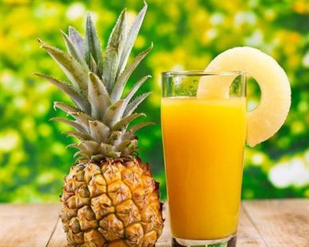 BEST PINEAPPLE DETOX DRINK FOR WEIGHT LOSS
