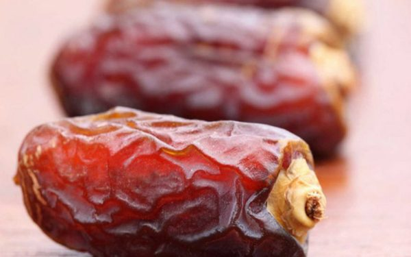 THE DATE IS A MIRACULOUS FRUIT THAT TREATS MANY DISEASES